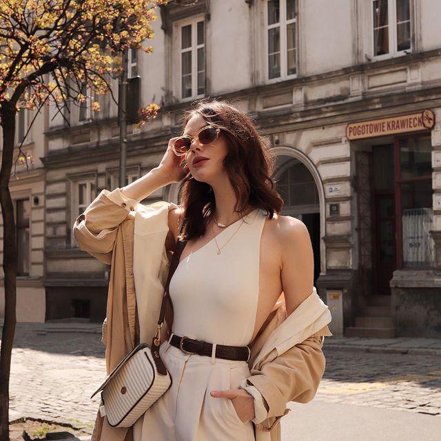 Sự tối giản là chìa khóa của phong cách thời trang Parisian Chic