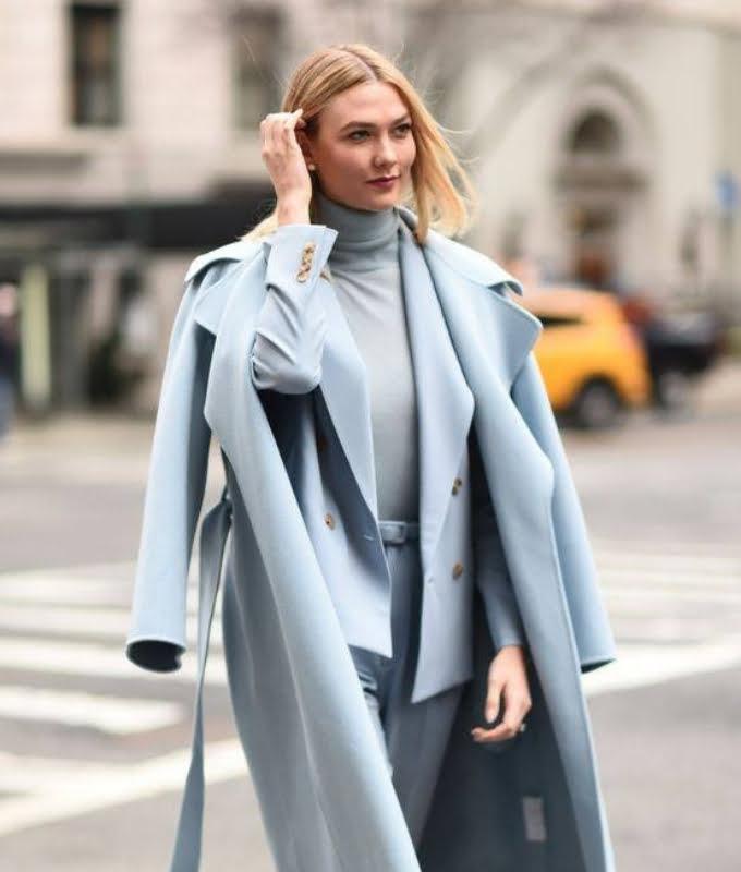 Quần áo xanh dương phối với màu xanh dương